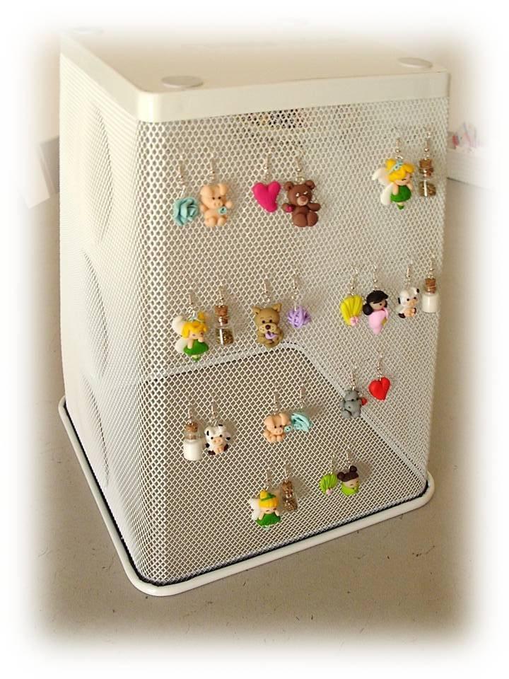 Espositore orecchini di riciclo blog misshobby - Porta orecchini ikea ...