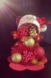 Tazza sospesa natalizia
