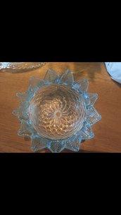 Tazza, ricambio per lampadari di Venini e non, in vetro soffiato di Murano, color trasparente e azzurro
