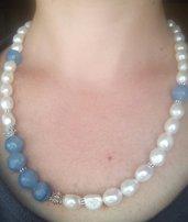 collana di perle di fiume barocche e pietre dure azzurre