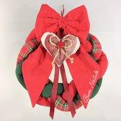 Ghirlanda fuoriporta fiocco welcome buon natale cuore imbottito rosso scozzese verde