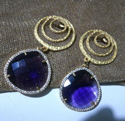 Orecchini con perni in Zama   Earrings with studs in Zama
