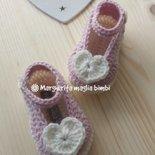 Scarpine neonata uncinetto - lana/alpaca con il cuore! - baby shower/nascita/Battesimo