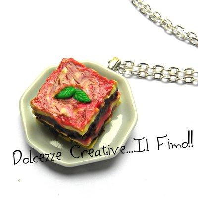 Collana Piatto di lasagne - handmade kawaii - miniature idea regalo in fimo e cernit