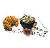 Orecchini cornetto - croissant con tazza di caffè con panna - italian style - miniature handmade