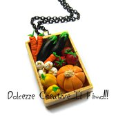 Collana Cassetta Verdure: Zucca, melanzane, aglio, peperoni, pomodori e carote - idea regalo handmade ortaggi