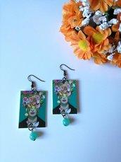 Frida Kahlo orecchini di carta pendenti con perla verde acqua