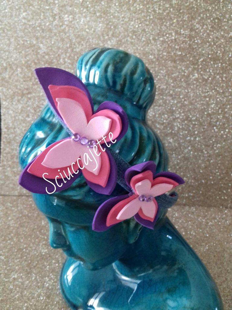 Cerchietto vivace con farfalle