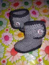 Stivaletti scarpette scarpine crochet tipo Ugg neonato bebè