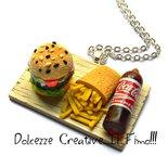 Collana Vassoio con panino - hamburger - patatine fritte e cola - handmade miniature . kawaii