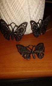 ciondolo farfalle in metallo