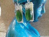 Orecchini rettangolari in alluminio e vetro verde