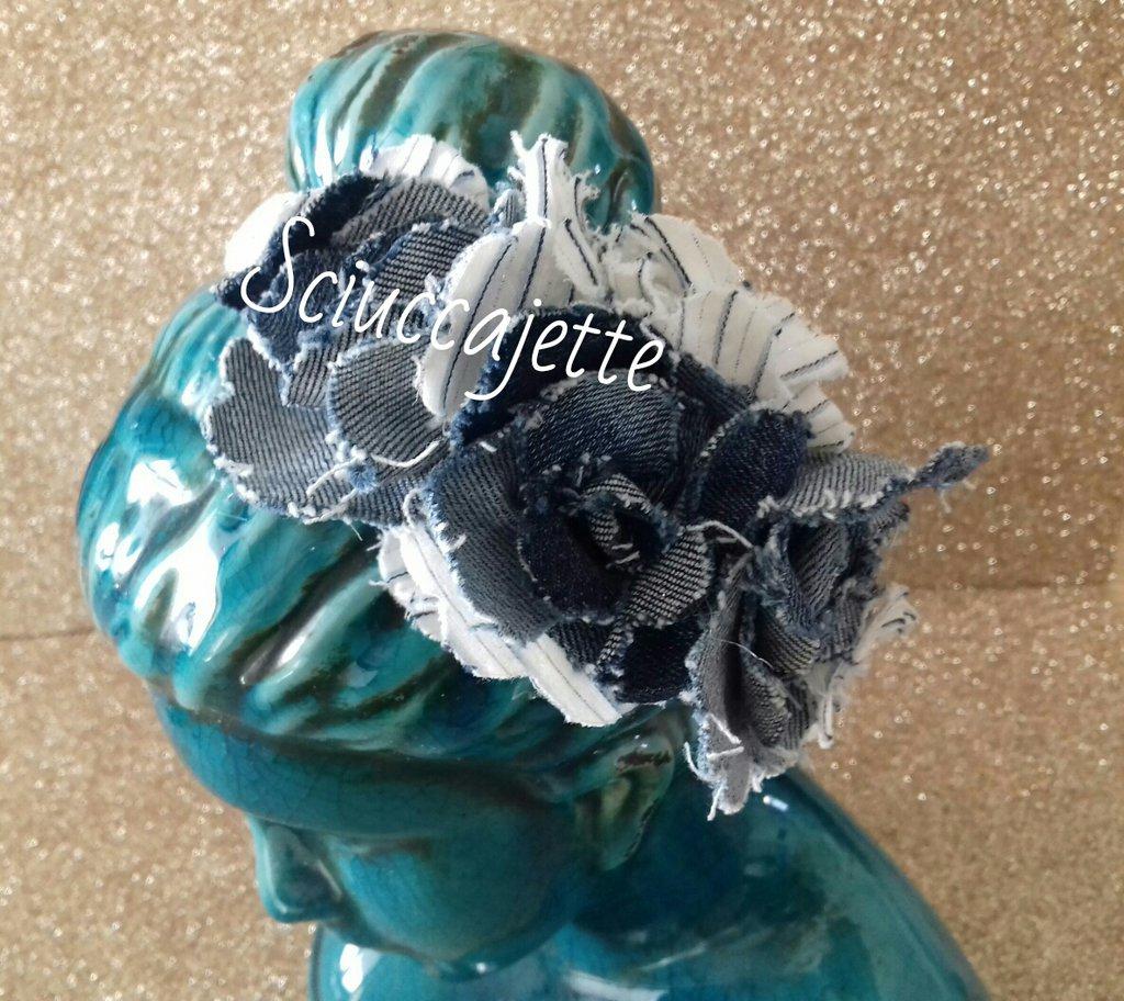 Cerchietto per capelli fantasia estiva con fiori in stoffa