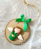 Idea regalo: angioletto verde su legno