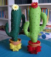 cactus! in feltro, cuciti a mano per arredare e fare un simpatico regalo! cactus felt, gift, furnishing