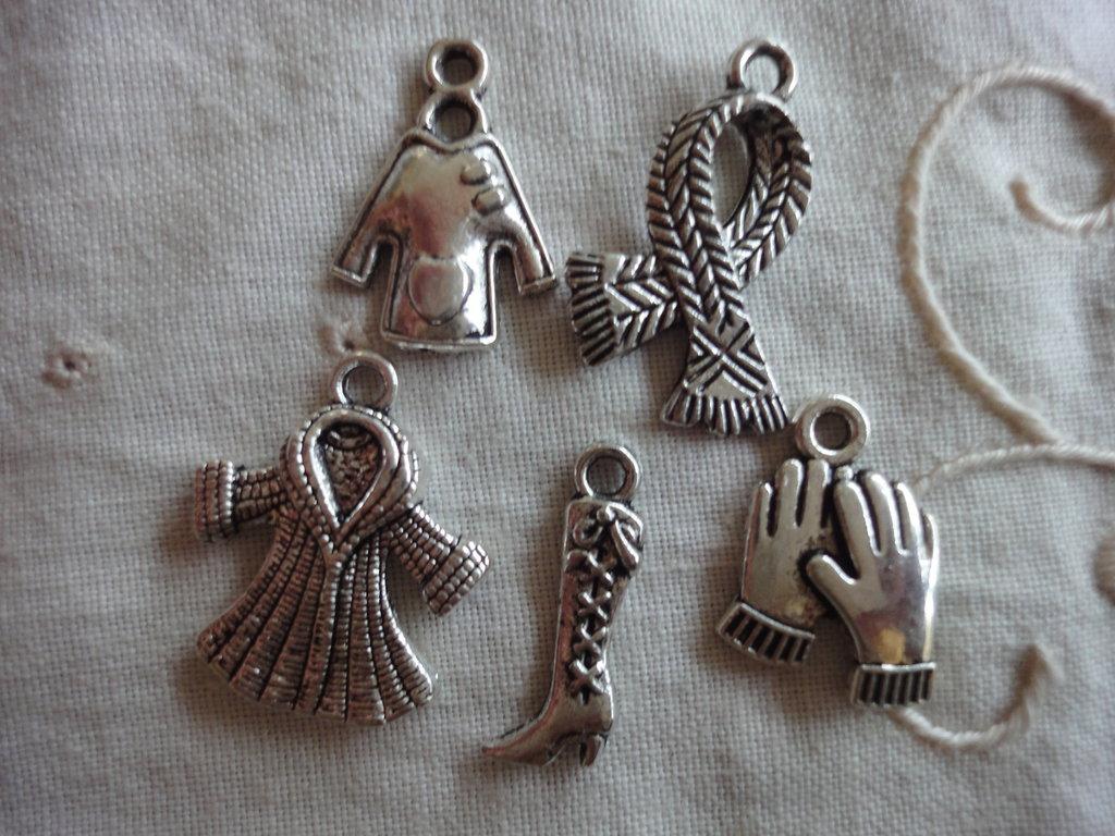 5 Ciondoli Moda Inverno in Metallo color argento