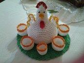 Gallina porta uova all'uncinetto fatto a mano