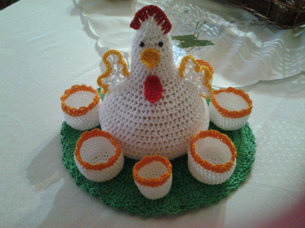 Gallina porta uova all 39 uncinetto fatto a mano per la for Porta uova