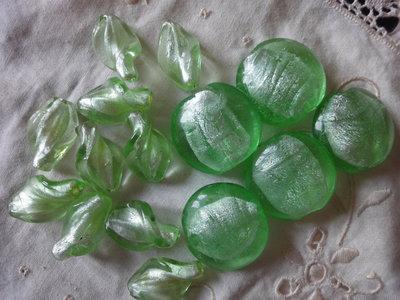 15 Perle di vetro di Murano verde acqua 28x26 mm. e 25x12 mm.