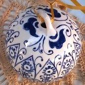 Terza sfera per il tuo albero di ceramica finemente decorata
