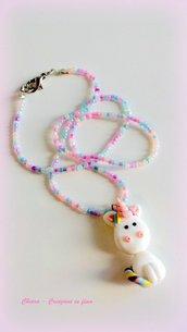 Collana unicorno in fimo, argilla polimerica, fatto a mano con Unicorno Arcobaleno kawaii, idea regalo natale per ragazza