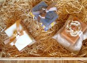 Tris saponette profumate di Provenza con cuscinetti di tela