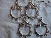 4 Connettori per orecchini con 2 colombi 36x27 mm. colore argento