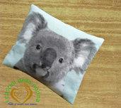 """Cuscino con pula di farro e fiori di lavanda con motivo """"Koala"""""""