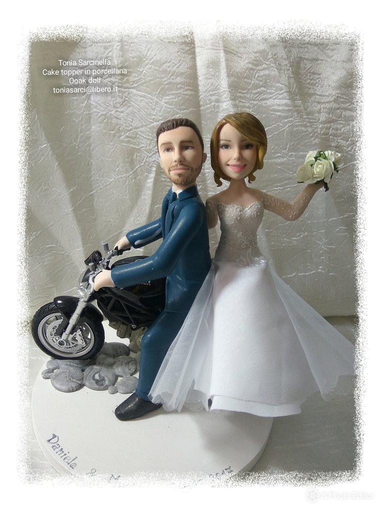 Cake topper sposi personalizzati con moto ducati