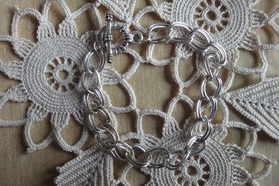 Bracciale maglia doppia chiusura a T cm.21 color argento chiaro