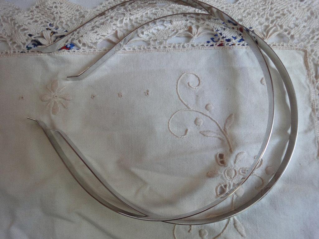 2 Cerchietti per capelli 7 mm. in acciaio da decorare