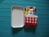piccoli cuccioli nel lettino -  pets, cot, small box