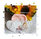 Stampo *Cuore con baby angioletto con biberon e orsacchiotto*