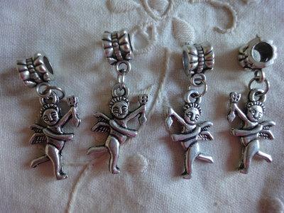 4 Perle con ciondolo angelo foro largo PD color argento