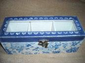 Piccola scatola-contenitore porta bustine tè o tisane,portagioie