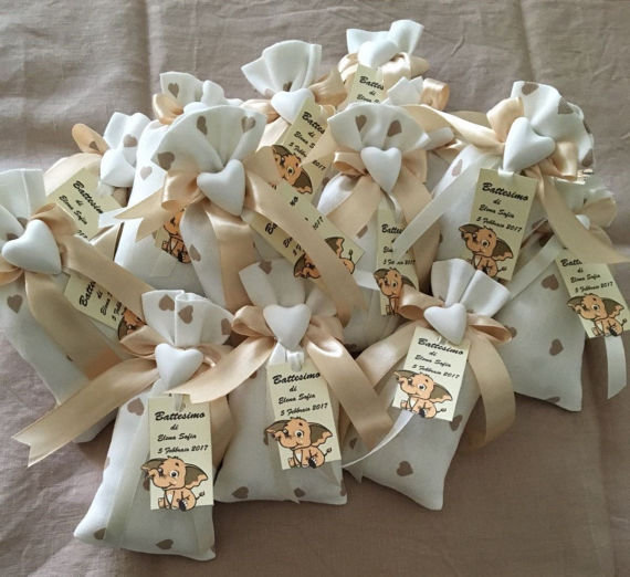 Sacchetti bomboniera portaconfetti per matrimonio, battesimo,prima comunione , promessa di matrimonio e anniversari