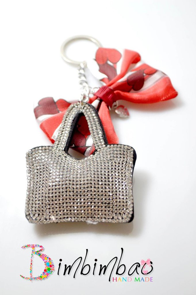 portachiavi donna accessori moda borsa borsetta fiocco cuore idea natale regalo