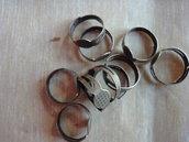 10 basi per anelli regolabili color bronzo  diametro disco non forato 8 mm. anello 18x17 mm.