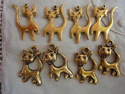 8 Gattini in Metallo color oro 2 modelli diversi