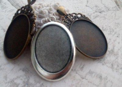 3 basi per cabochon 30 x 40 in bronzo e argento antico nickel free