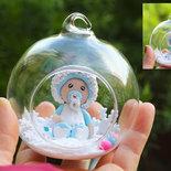 Pallina di Natale in vetro da usare come decorazione sull'albero, con bimbo o bimba