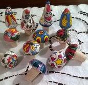 Tappi di ceramica e sughero per bottiglie di vino o spumante forma conica o calotta variopinti