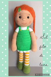 Bambola Merle-amigurumi bambola-Bambola imbottita-Pupazzo amigurumi-bambola uncinetto
