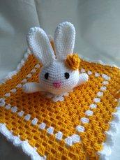 Doudou-coniglietto in lana