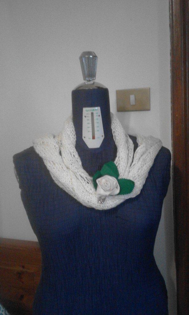 nuovo di zecca nuova collezione consegna gratuita qualità autentica super economico alta qualità sciarpa ai ferri ...