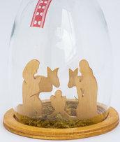 Presepe in legno in calice di vetro!