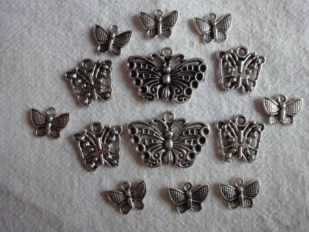 14 Ciondoli Farfalla in metallo color argento 3 modelli diversi