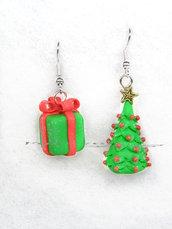 Orecchini Albero di Natale e pacchetto regalo fimo 2017