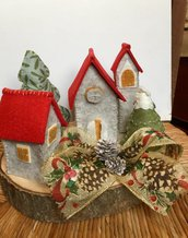 Villaggio di Babbo Natale in pannolenci