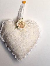 Cuore imbottito di tulle ricamato vintage francese da appendere, cuore imbottito bianco, cuore da appendere